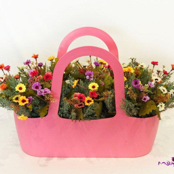 אדנית סל עם פרחי שדה